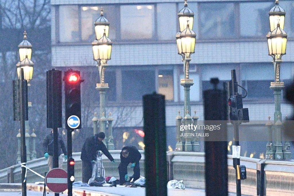 TOPSHOT-BRITAIN-POLITICS-PARLIAMENT-ATTACK : Foto di attualità