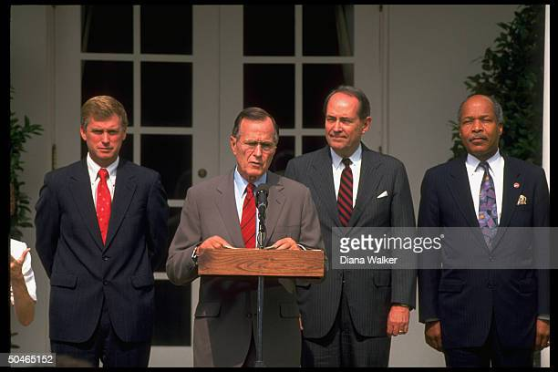 HHS Secy Sullivan Atty Gen Thornburgh Pres Bush VP Quayle in WH Rose Garden during Disabilities Act cere mony
