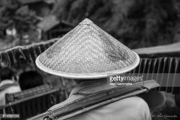 sedan bearer - chinese sedan chair stock photos and pictures