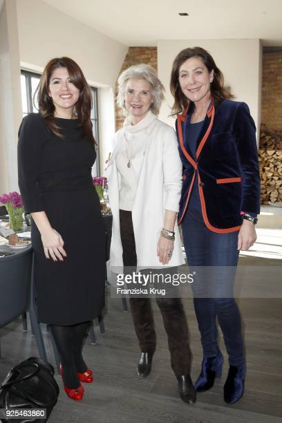 Sedef Ayguen Elke BenedettoReisch and Alexandra von Rehlingen during the Lanserhof Ladies Lunch at Loft am Mauerpark on February 28 2018 in Berlin...