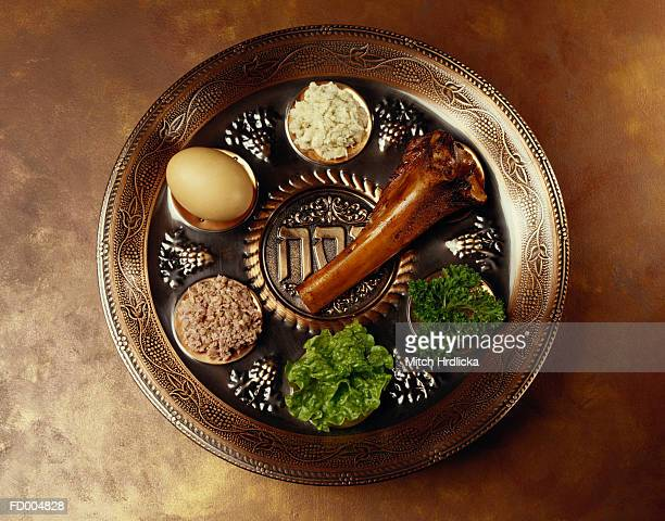 seder plate - passover seder plate stock pictures, royalty-free photos & images