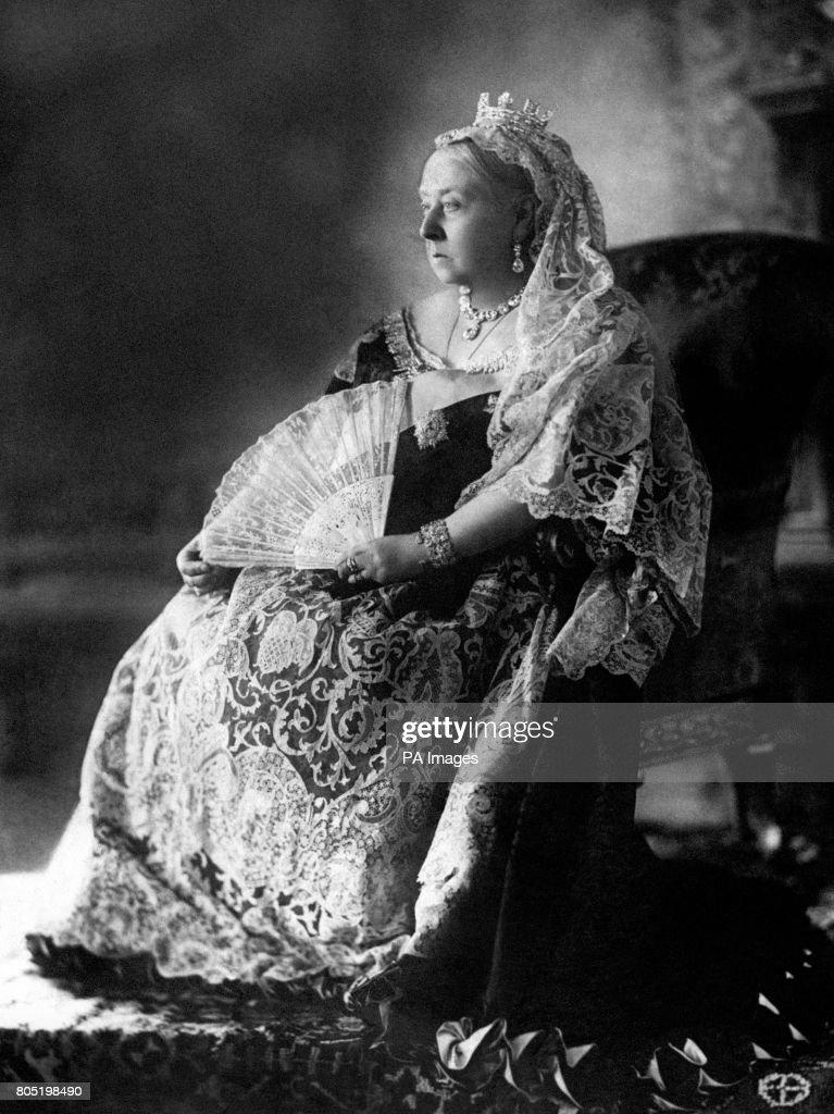 Queen Victoria Rock : News Photo