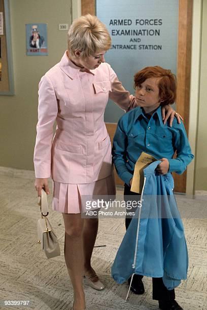FAMILY 'See Here Private Partridge' 10/16/70 Shirley Jones Danny Bonaduce