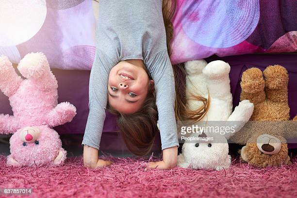 seeing the world from a new perspective - stuffed toy stock pictures, royalty-free photos & images
