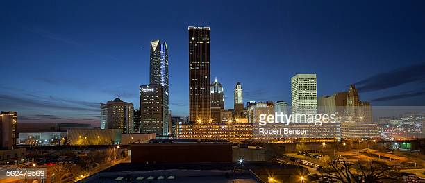 a seen of oklahoma city skyline. - oklahoma - fotografias e filmes do acervo