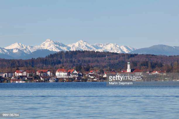 seeshaupt, lake starnberg, fuenfseenland, five lakes district, with the ammergauer alps at the rear, upper bavaria, bavaria, germany - starnberg photos et images de collection