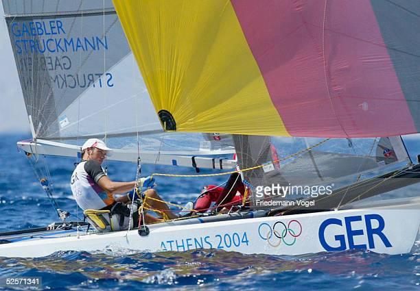 Segeln Olympische Spiele Athen 2004 Athen Tornado / Race 11 Roland GAEBLER Gunnar STRUCKMANN / GER 280804