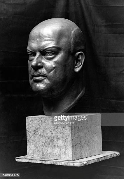 Seger Ernst Visual Artist Sculptor Germany*09091868081939 works bust of Politician Gustav Stresemann 1930 Photographer Erich Salomon Published by...
