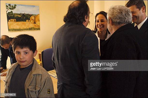 Segolene Royal Inaugurates The New Town Hall Of Hanc Then A Path Of Walk In Mellois Country In Deux Sevres On April 8Th 2006 In France