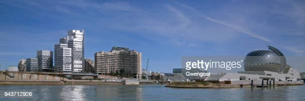 seguin island on the seine river - paris island stock photos and pictures