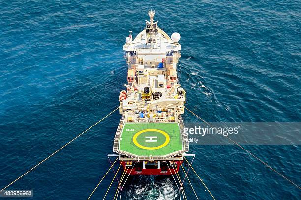 seismic vessel - earthquake stock pictures, royalty-free photos & images