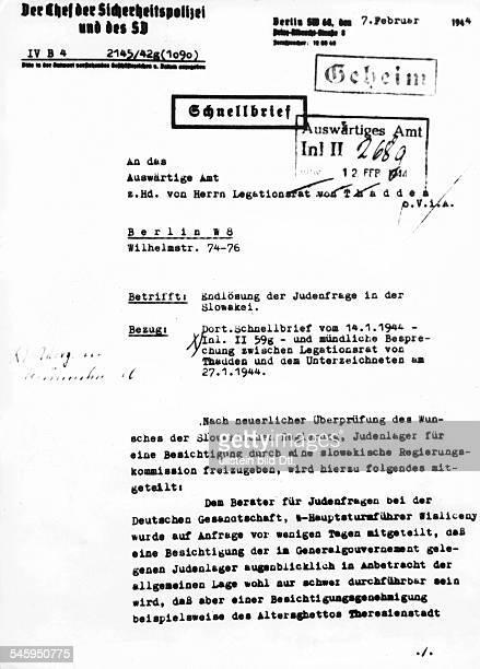1 Seite eines Briefes zur 'Endlösung derJudenfrage in der Slowakei' unterzeichnetvon Adolf Eichmann