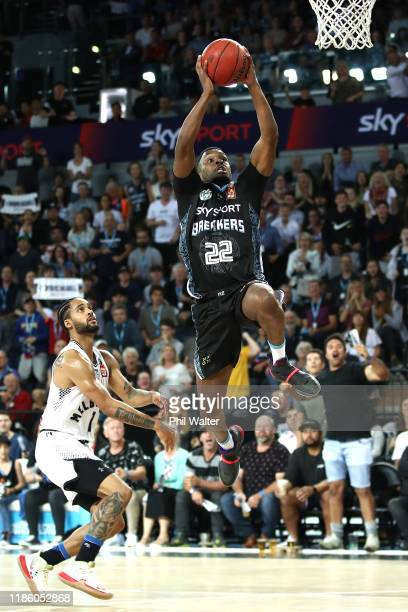 Sek Henry of the NZ Breakers shoots during the round 6 NBL match between the New Zealand Breakers and Melbourne United at Spark Arena on November 07...