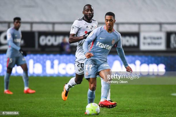 Sekou Baradji of Amiens and Youri Tielemans during the Ligue 1 match between Amiens SC and AS Monaco at Stade de la Licorne on November 17 2017 in...