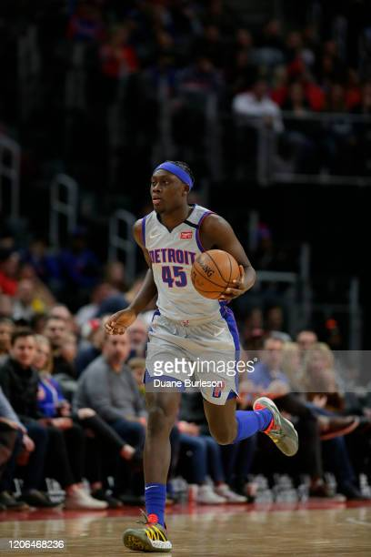 Sekou Doumbouya of the Detroit Pistons brings the ball up court against the New York Knicks during the second half at Little Caesars Arena on...
