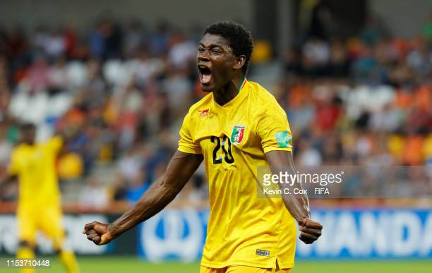 Sekou Koita of Mali reacts as he hits the crossbar with a chance during the 2019 FIFA U-20 World Cup Round of 16 match between Argentina and Mali at...
