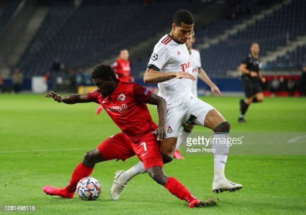 Sekou Koita of RB Salzburg is challenged by Murilo Cerqueira of Lokomotiv Moskva during the UEFA Champions League Group A stage match between RB...