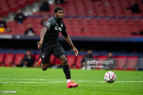 Sekou Koita of Red Bull Salzburg controls the ball during the UEFA Champions League Group A stage match between Atletico Madrid and RB Salzburg at...