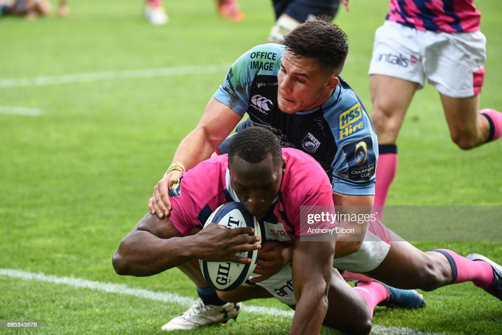 Sekou Macalou of Stade Francais scores a try during the Champions Cup Play-offs match between Stade Francais Paris and Cardiff Blues at Stade Jean Bouin on May 19, 2017 in Paris, France.