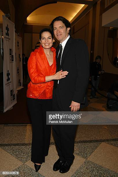Sela Ward and Howard Sherman attend AUTISM SPEAKS Benefit Dinner at Pier 60 on May 9 2006 in New York City