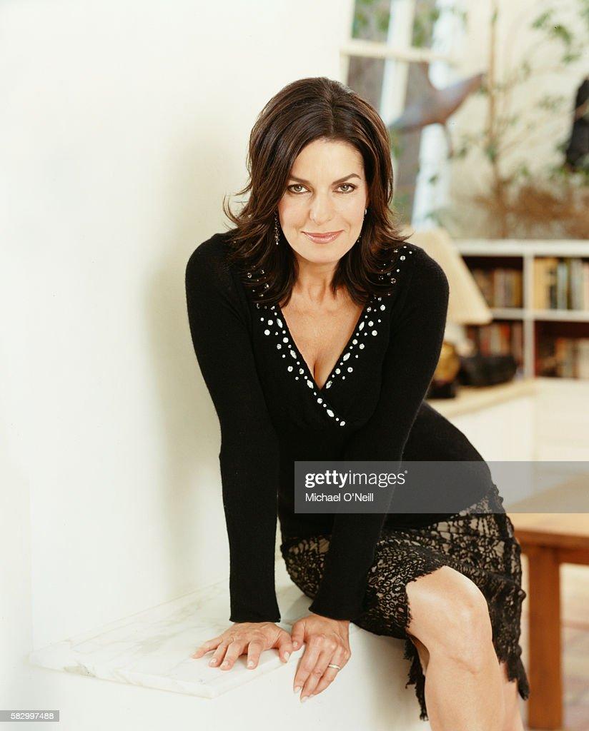 Sela Ward, 2005 : News Photo