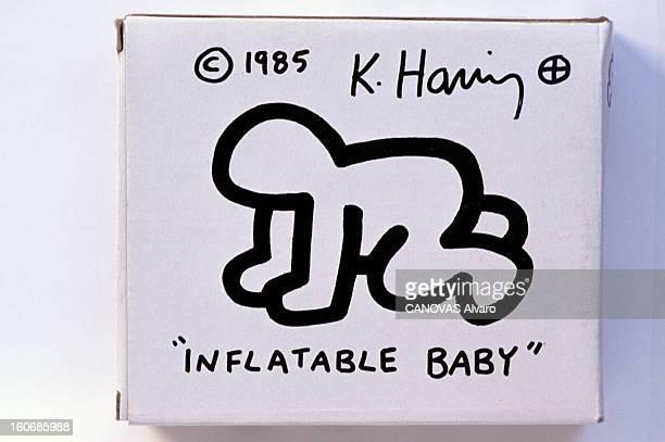 Selected Works Of Keith Haring Juillet 1989 Keith Haring est un artiste américain ayant pour mode d'expression privilégié le dessin On retrouve...