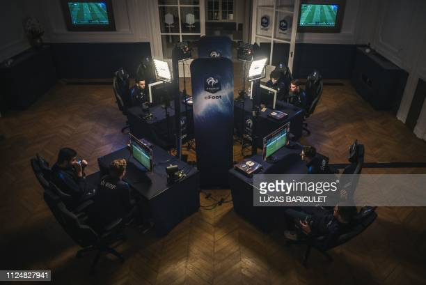 Selection of 16 pro gamers attend the French national efoot selection 2019, designating the 6 best French FIFA players at the French national...