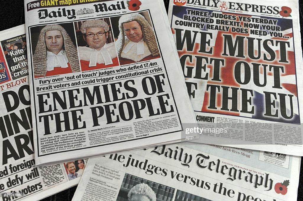 BRITAIN-EU-POLITICS-COURT-MEDIA : News Photo
