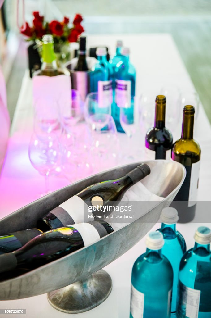 A Selection of Wines on a Table at a Wedding Reception in Berlin, Germany Summertime : Stock-Foto