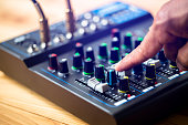 selective focus to sound electronics mixer