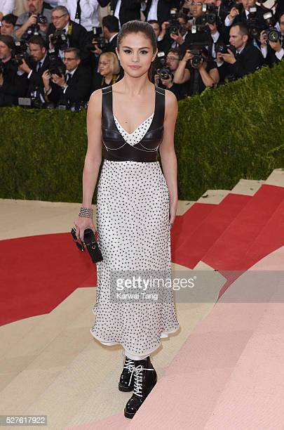 Selena Gomez arrives for the 'Manus x Machina Fashion In An Age Of Technology' Costume Institute Gala at Metropolitan Museum of Art on May 2 2016 in...