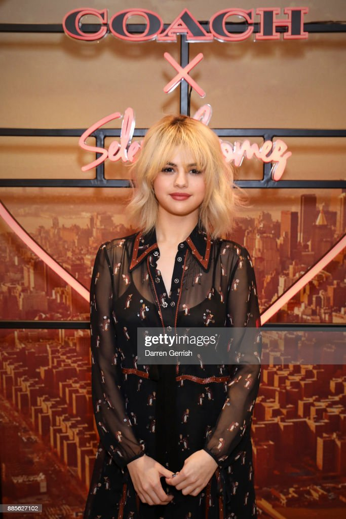 Coach In-Store Event With Selena Gomez : News Photo