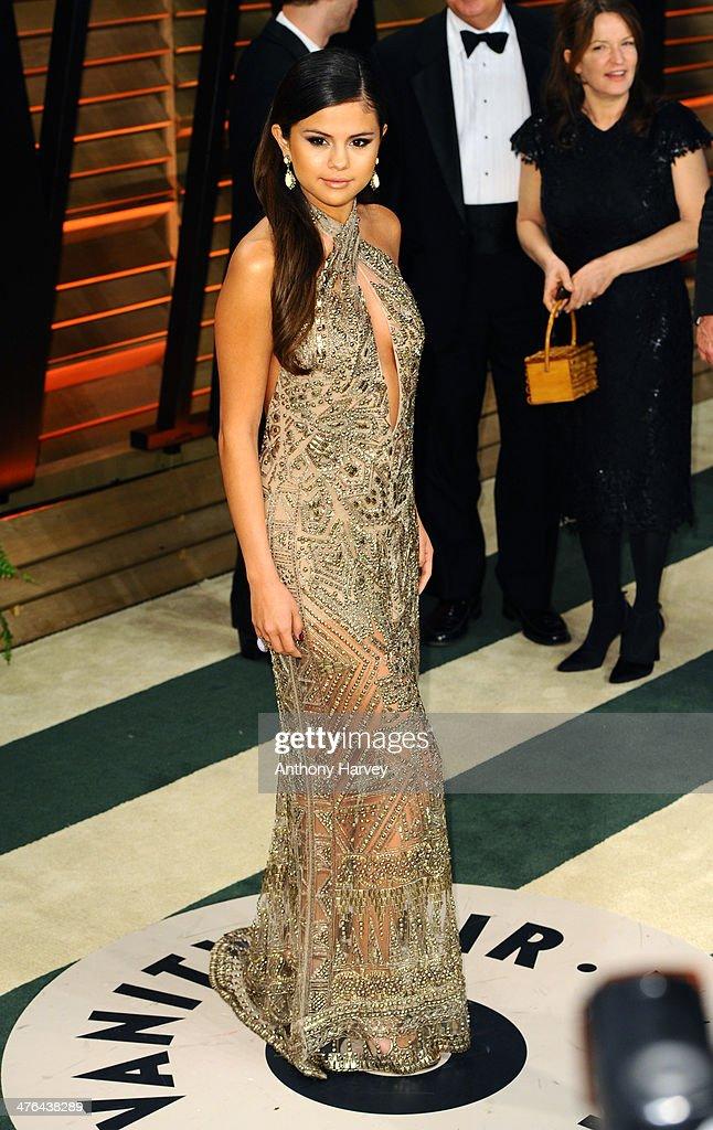 2014 Vanity Fair Oscar Party Hosted By Graydon Carter - Arrivals : News Photo