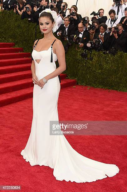 "Selena Gomez attends the ""China: Through The Looking Glass"" Costume Institute Benefit Gala at the Metropolitan Museum of Art on May 4, 2015 in New..."