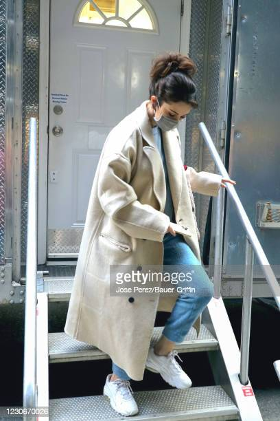 Selena Gomez is seen at the film set of the 'Only Murders in the Building' TV Series on January 19, 2021 in New York City.