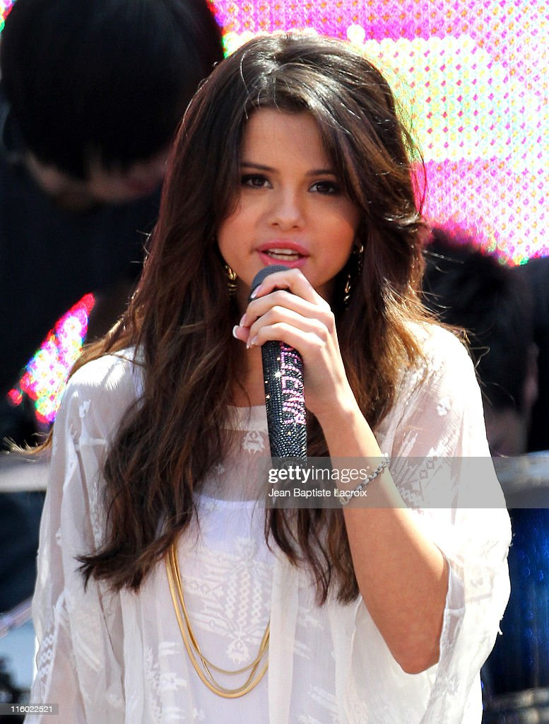 Selena Gomez performs at Santa Monica Place at Santa Monica Place on June 13, 2011 in Santa Monica, California.