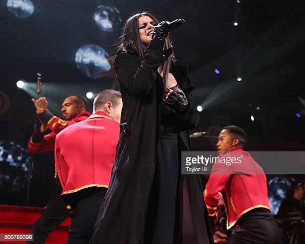 Selena Gomez performs during Q102's 2015 Jingle Ball at Wells Fargo Center on December 9 2015 in Philadelphia Pennsylvania