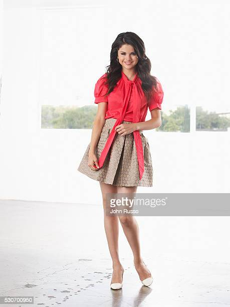 f1b491e69b7 Selena Gomez Outfits Pictures and Photos