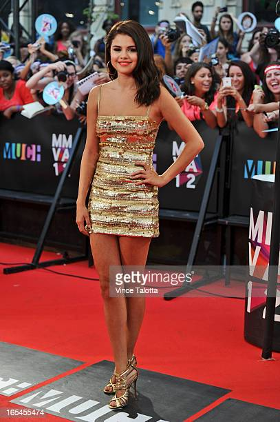 Selena Gomez poses for the camera on the red carpet at the 2012 MMVAs Sunday June 17 2012 VINCE TALOTTA/TORONTO STAR