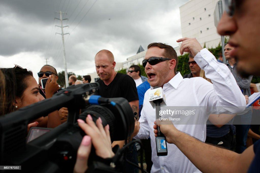 Tensions High As Alt-Right Activist Richard Spencer Visits U. Florida Campus : News Photo