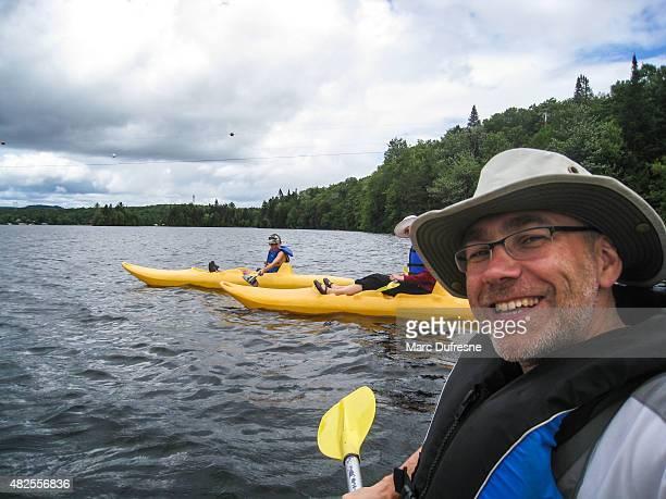 Selfie auf Kajak auf dem See