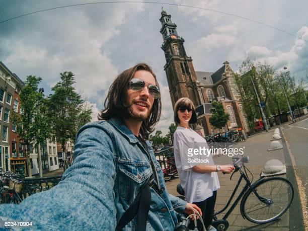 アムステルダムでの休暇上 selfie - アムステルダム ストックフォトと画像