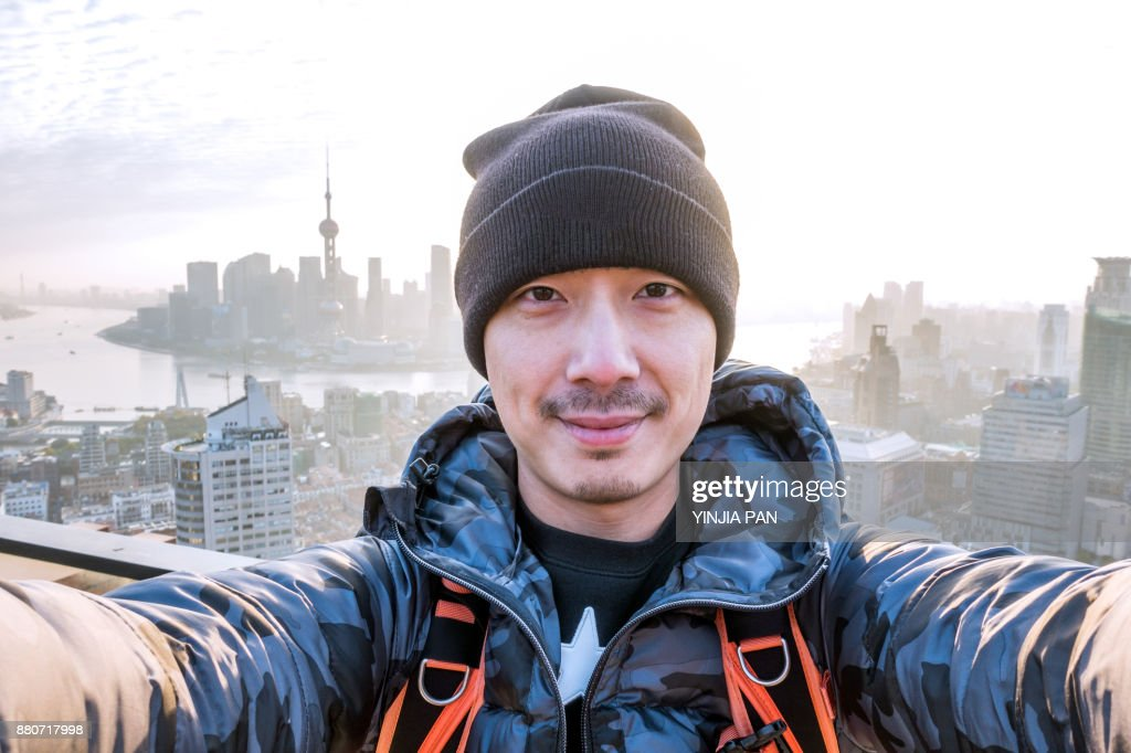 Selfie Portrait on Rooftop Shanghai China : Stock-Foto
