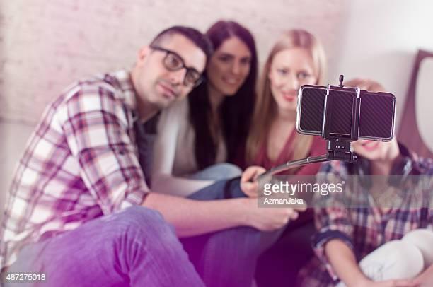 Bras télescopique pour smartphone règles