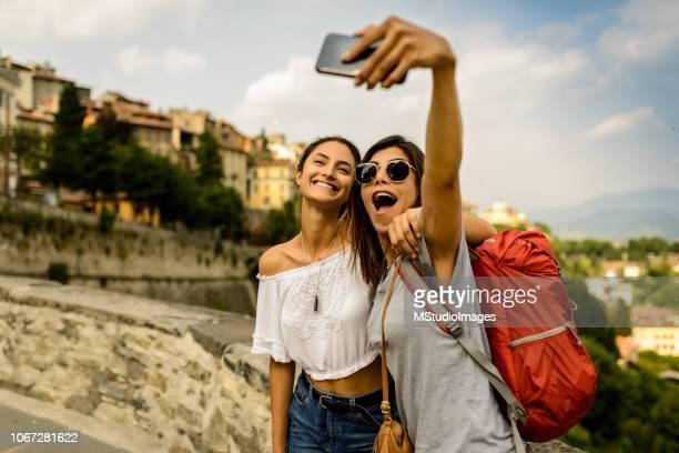 tempo de selfie. - argentina - fotografias e filmes do acervo