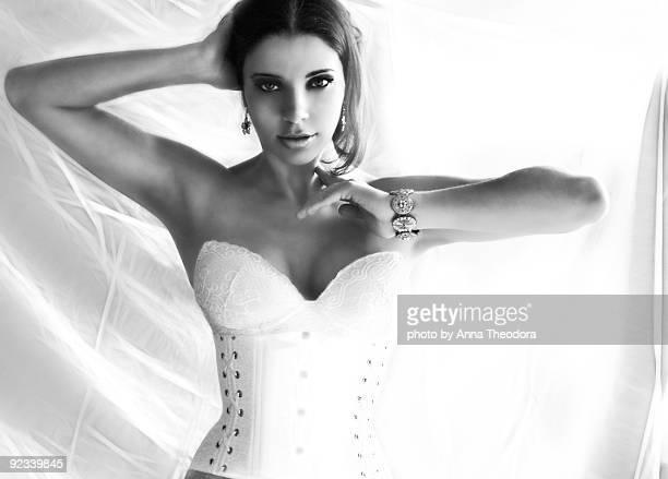 self-portrait - corset photos et images de collection