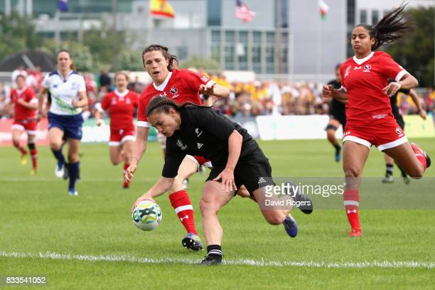 Selica Winiata of New Zealand Black Ferns breaks through to score a try during the Women's Rugby World Cup Pool A match between Canada and New...