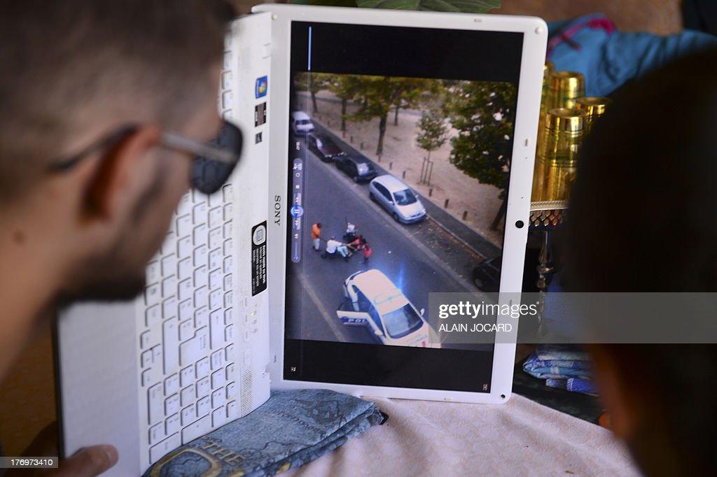 FRANCE-POLICE-INVESTIGATION-INTERNET-ARREST-VIOLENCE : News Photo