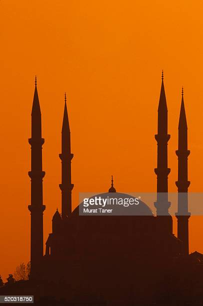selimiye mosque in the evening light in edirne, turkey - selimiye mosque stock pictures, royalty-free photos & images