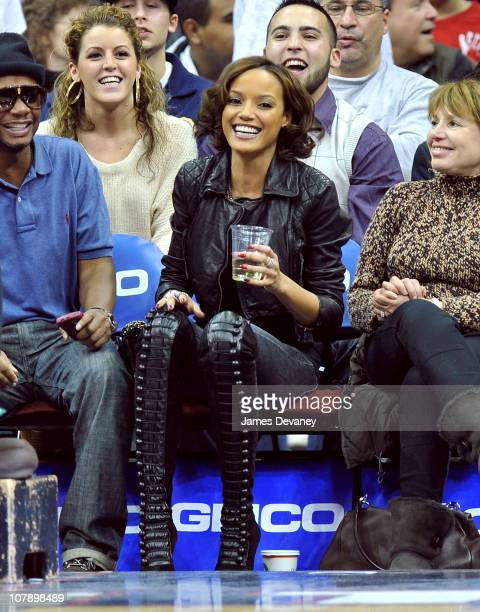 Selita Ebanks attends the Chicago Bulls v New Jersey Nets game at the Prudential Center on January 5 2011 in Newark New Jersey